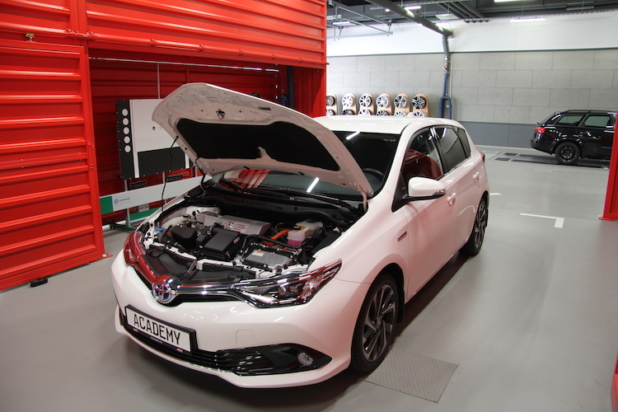 ATU - Wartung Elektroautos und Hybridfahrzeuge