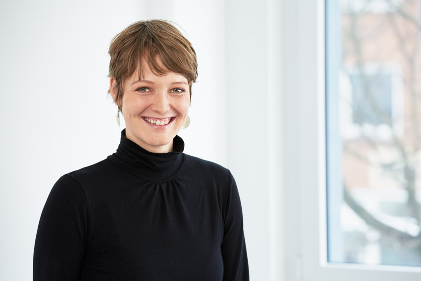 Janne Andresen ist für die Unternehmensentwicklung bei Greenpeace Energy und die neuen Mobilstrom-Tarife zuständig. Foto: GPE.